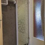 Spiegelflächen mit Glasdekorfolie