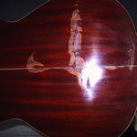 Bodenriss leimen, Reparatur Westerngitarre, Gitarrenreparatur, Reparaturen von Zithern aller Art, Musik Fabiani Guitars 75365 Calw