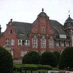 und das Rathaus