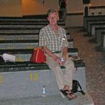 Wolfgang auf der Zuschauertribüne