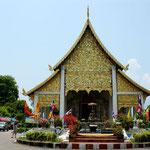 Einer der über 300 Tempel in Chiang Mai