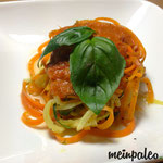 Gemüsespaghetti mit Tomatensoße