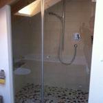Duschfront mit Türe