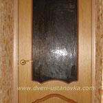 Фото 1.9. Установка кухонной двери (вид из кухни). Общий план.
