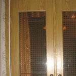 Фото 1.2. Распашные межкомнатные двери. Крупный план (так было).