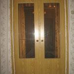 Фото1.1. Распашные межкомнатные двери. Общий план (так было).