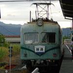 大井川鐵道本線で北へ向かいます。「風格がある」という言い方もできる車両です。