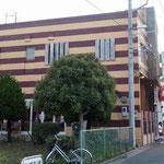 早川沿いのイタリア料理店に行きました。目立つ外装で、車窓からも見えます。美味しかったです。