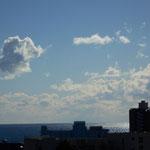 今日の雲の動きは速いです。