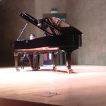 "Ruben Àngel Russo Gutierrez (""Sonata num. 8 en La menor K310"" i ""Estudi num. 3"")"