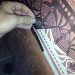 Recuperación de cenefas antiguas, con plantillas adhesivas