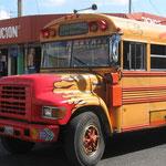 die schnellen und gefährlichen Überlandbusse