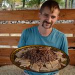 Nous cuisinons beaucoup de manière traditionnelle au feu de bois, comme ici un Bishbermak à la bashkir ! (PHOTO 2020 (c) Julie Czödör)