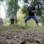 Nous pratiquons aussi tous les arts martiaux historiques bashkirs et cosaques ainsi que les traditions familiales comme ici le travail de la lance! (PHOTO 2020 (c) capture vidéo John C)