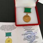 """2021 : Le Grand Kurultaï bashkir met à l'honneur Jonathan Czödör Ichmoukametoff pour """"service du peuple"""" à travers la perpétuation des anciennes traditions, la mémoire de la lignée familiale et le travail d'ethno-village de la ferme bashkir-cosaque."""