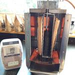 Nr. 1004/1005 Fischhalter und Räuchermehl für den Vertikal-Spieß-Grill BBQ Burner Deluxe