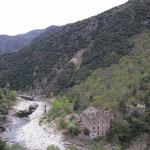 Les ruines de l'usine de traitement du minerai...