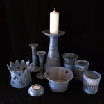 Leuchtschale mit Engeln 23,- / 3 Stielleuchter 16,- € 14,- € 35,- € / Teelichthalter 10,- € / Leuchtschale Stern 15,- € / 3 Kerzentöpfe mit Durchbrüchen a 13,- €