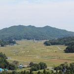 花塚山から見下ろす飯舘村の風景