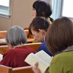 ジュニアサークル礼拝の聖書朗読は輪読でした!
