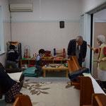 こどもたちは親子室で遊びが始まりました。