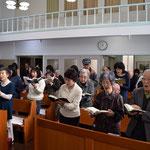 会衆賛美も恵みに応えて大きくなりました。