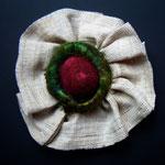 Hava Niknam - broche ronde - tissu - 10cm