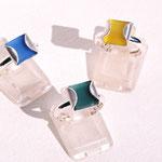 Rouge Métal - bague carrée - argent - plastique de couleur interchangeable - existe aussi en bracelets, boucles clous, pendentifs