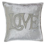 JR151 Velvet Love Cushion