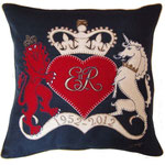 JR455 Lion & Unicorn Cushion(Navy)
