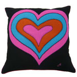 JR377 Psychedelic Heart Cushion(Black)