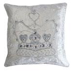 JR184 Velvet Crown Cushion