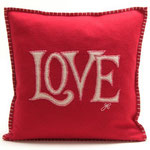 JR119 Love Cushion(Red)