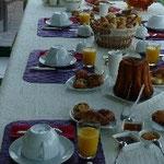"""Un petit-déjeuner aux """"Mil Roses en Baie"""""""