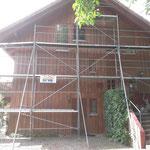 Eingerüstetes Haus