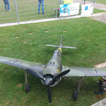Focke Wulf FW 190 mit gebremsten Einziefahrwerk, sehr wendig...