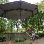 """Pause pique-nique au parc """"Les Promenades"""""""