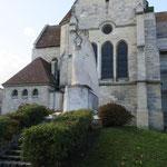 Monument aux morts au chevet de l'église de Cormicy