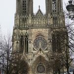 Cathédrale Notre-Dame de Reims et marché de Noêl