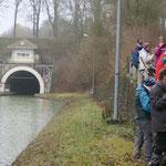 Le canal de l'Aisne à la Marne entre dans le Mont de Billy (Pause pique-nique)