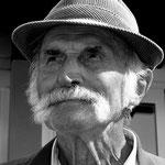 Der alte Mann (94 Jahre alt)