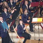 Stolzer Dirigent auf seine Musiker