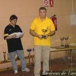 Domingo recogiendo el trofeo de 4º clasificado de Catalunya