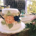 Pastel para Boda en cuernavaca morelos con flores de 2 pisos