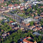 Aurich - Fischteichweg mit Polizei, Rathaus, Carolinenhof und Ostfriesischer Landschaft