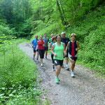 Heute war ganz schön was los im Rickenbacher Tobel....Laufgruppe 1