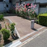 豊中市公園 木製グレーチング /中谷産業株式会社