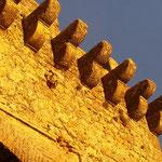 Typisches, andalusisches Licht auf alten Gemäuern in Carmona