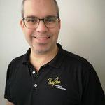 MICHAEL THEISSEN Inhaber, BDT-Tanzlehrer mit 28 Jahren Berufserfahrung, Schwerpunkt: Standard/Latein