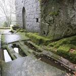 tumbas liticas antropomorfas
